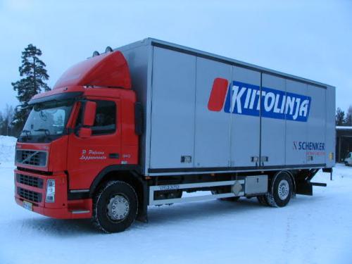 Volvo FM 9 2002 1